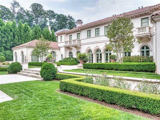 Stunning mediterranean style buckhead estate georgia for Riverbend estate