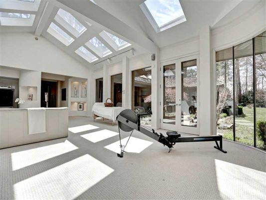 CUSTOM CONTEMPORARY RANCH HOME Luxury Homes Luxury Portfolio