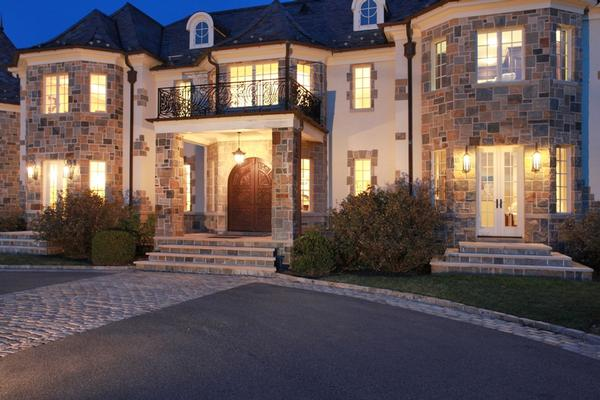 Gated masterpiece estate in brookville new york luxury for Luxury homes for sale new york