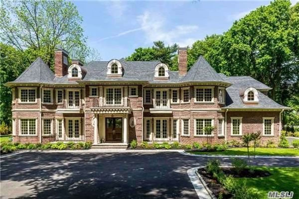 Grand new construction manor new york luxury homes for Luxury houses for sale new york