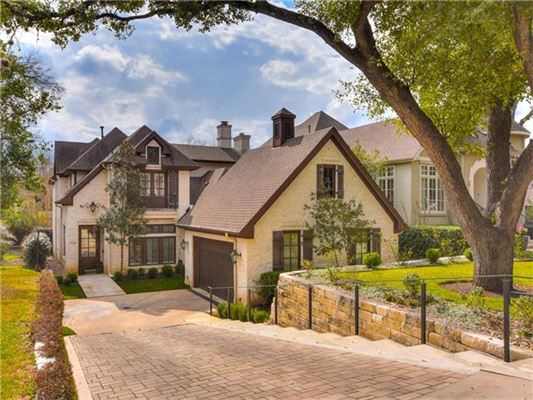 ELEGANT FRENCH COUNTRY STYLE HOME