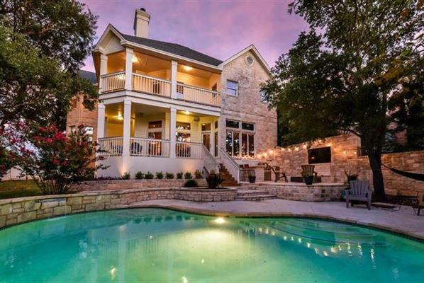 BEAUTIFUL HOME WITH A POOL IN AUSTIN | Texas Luxury Homes | Mansions For  Sale | Luxury Portfolio