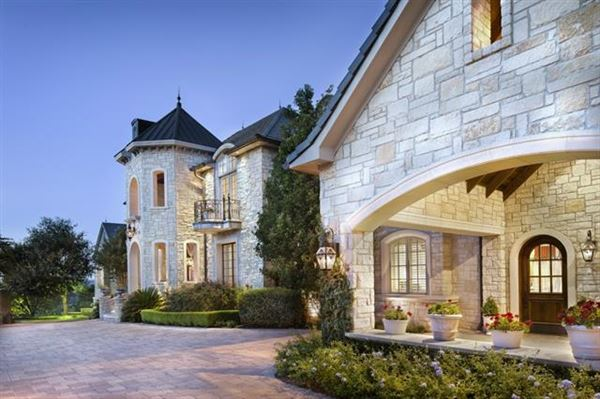 Austin luxury homes and austin luxury real estate for Texas fine home builders