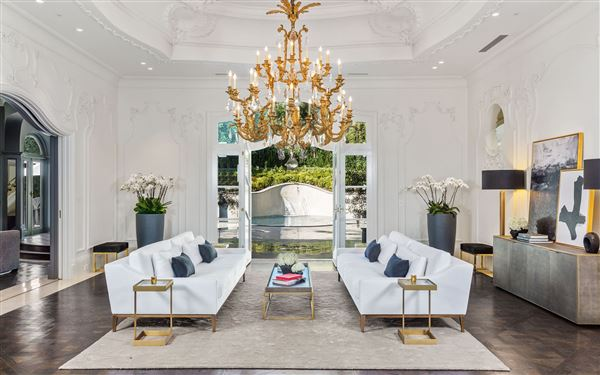 Exquisite European Architectural Styles. US $35,000,000 In Beverly Hills ...