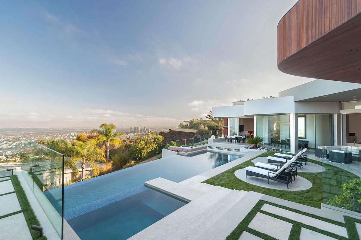 World class views california luxury homes mansions for for Luxury homes for sale la