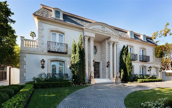 standard of elegance, beauty and sophistication. US $34,900,000 in Beverly  Hills, CA ...