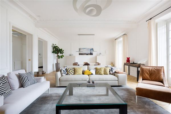 Elegant Apartment elegant apartment in the chanel building | france luxury homes
