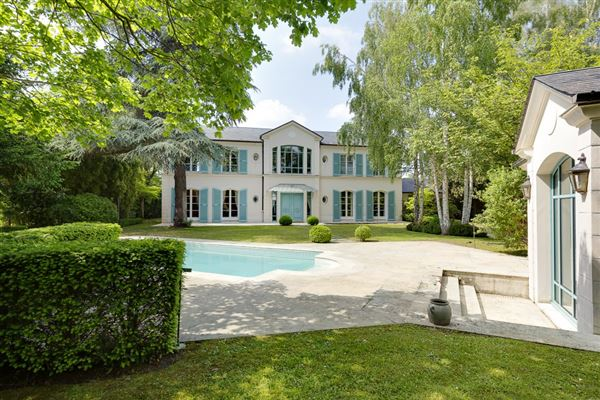 PEACEFUL LUXURY PROPERTY | France Luxury Homes | Mansions For Sale | Luxury  Portfolio