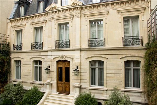 Paris luxury homes and paris luxury real estate property for Acheter maison paris 16