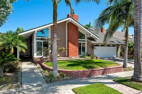mid century modern home in huntington beach california