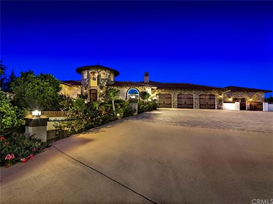 architecturally exceptional estate in de luz  california luxury, temecula ca luxury homes for sale, temecula luxury home rentals, temecula luxury homes