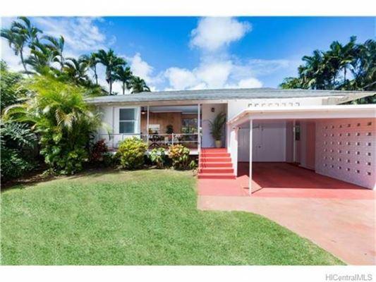 Mid century beach house in honolulu hawaii luxury homes for Hawaii luxury homes for sale