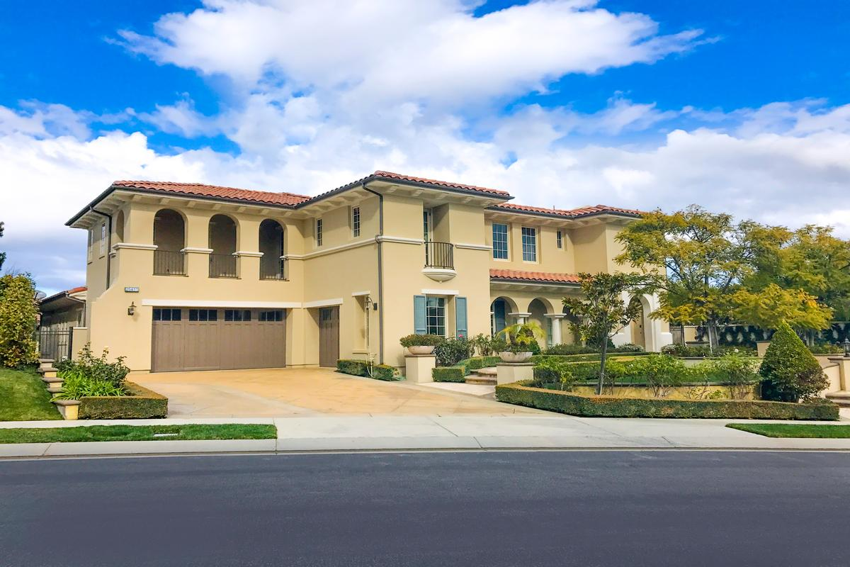 Calabasas luxury homes and calabasas luxury real estate for Luxury houses in california