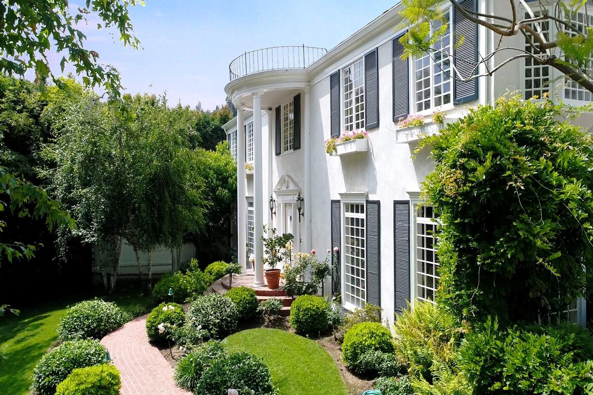 Southern Colonial Beverly Hills Estate California Luxury Homes