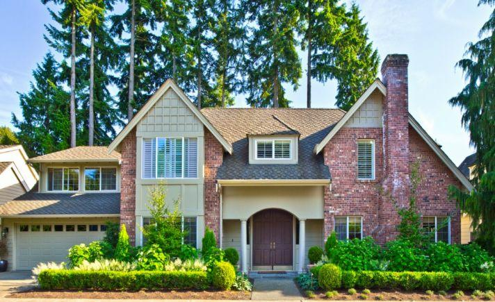 Traditional Style With Many Upgrades Washington Luxury