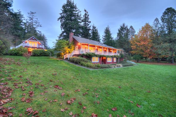 Quintessential orcas island waterfront home washington for Homes for sale orcas island wa