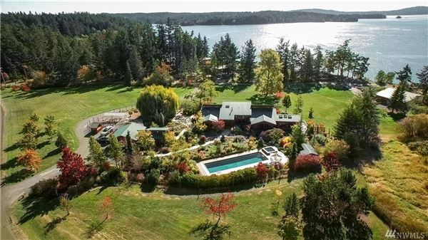 18 acre deer harbor estate washington luxury homes for Homes for sale orcas island wa