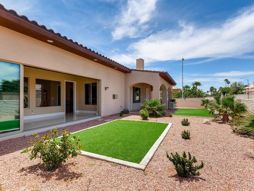 Gorgeous custom one story home nevada luxury homes for Custom one story homes