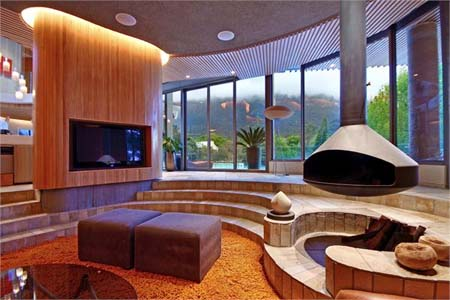 Deep appreciation for sunken living spaces luxuryportfolio blog luxury portfolio for Houses with sunken living rooms