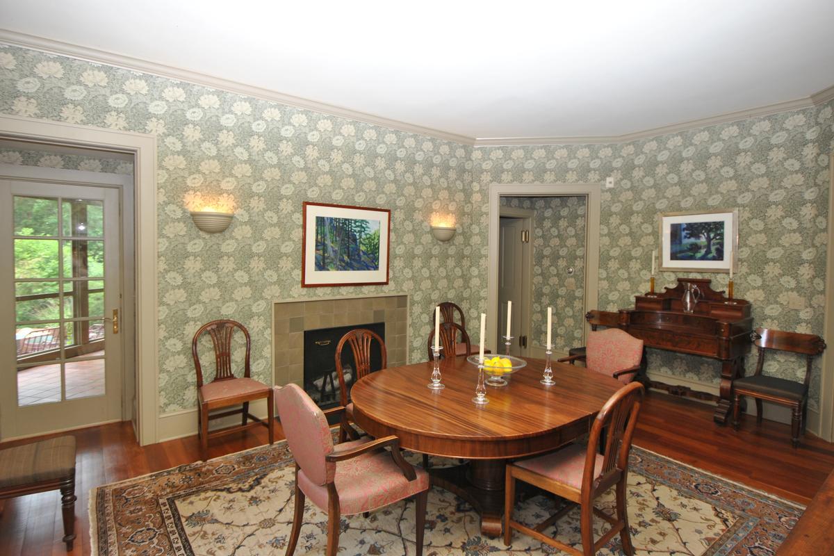 Mansions in Stockbridge Estate