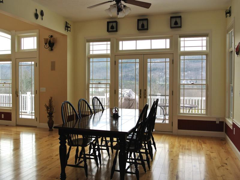 Luxury homes SPACIOUS HOME WITH WESTERLY VIEWS