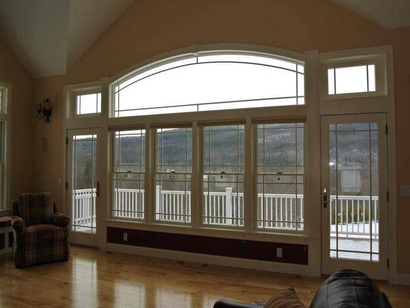 SPACIOUS HOME WITH WESTERLY VIEWS luxury real estate