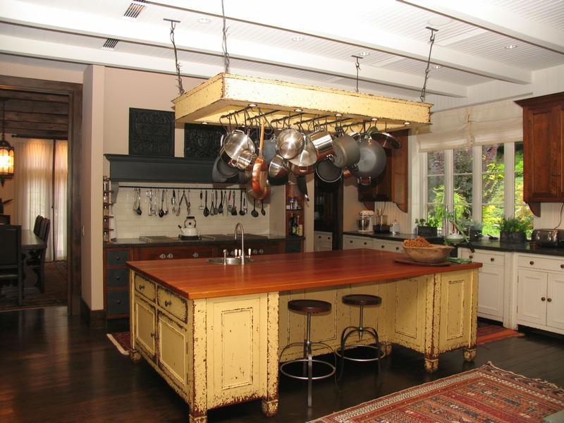 Mansions Custom Craftsmanship - Old World Details