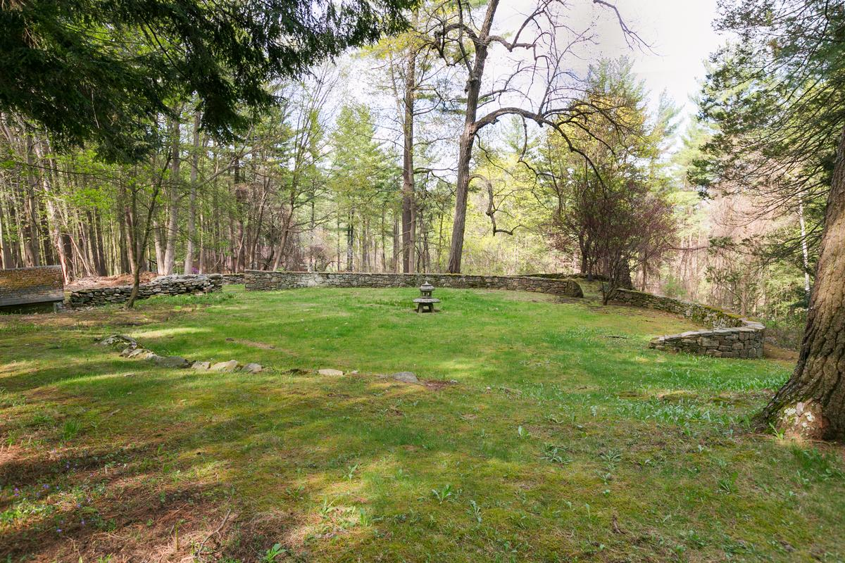 Luxury properties Large Compound in the Berkshires with Vineyard