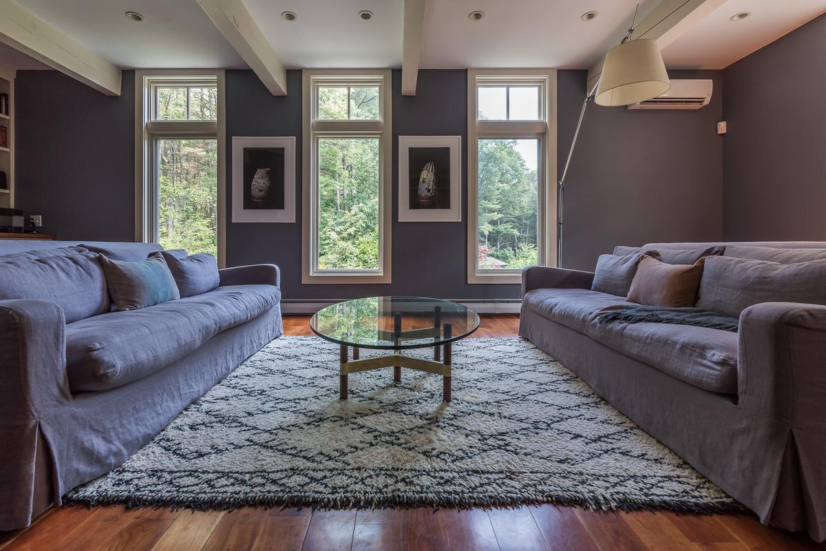 Luxury homes CAPTIVATING RETREAT