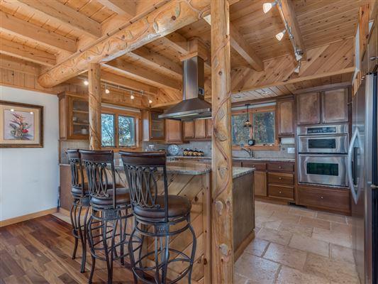 Luxury real estate Beautiful white cedar log home in union mills