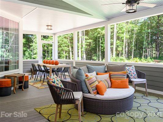 Flynn Branch Farm luxury properties