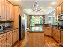 Luxury real estate Flynn Branch Farm