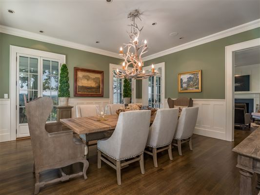 Luxury real estate Spectacular 1920s Shingle style home