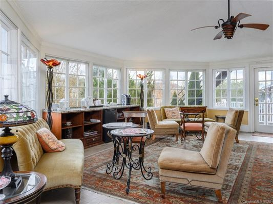 well-maintained English shingle style luxury real estate