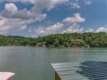 Luxury properties exclusive Yacht Island property