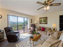 Luxury homes in beautiful property in weaverville