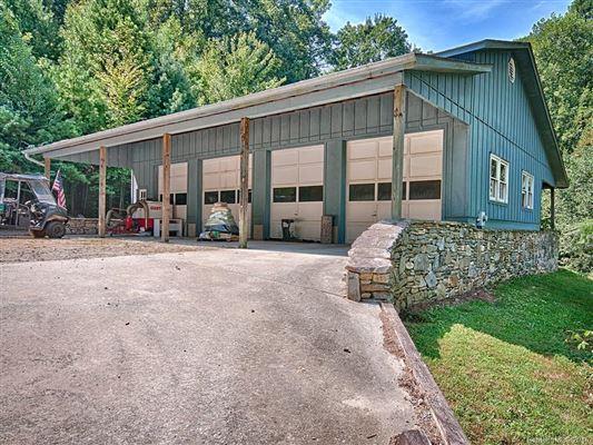 Luxury properties Hidden Valley Farm in zirconia