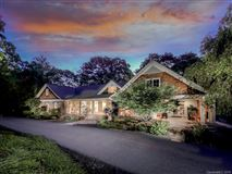 Luxury properties Luxury mountaintop retreat