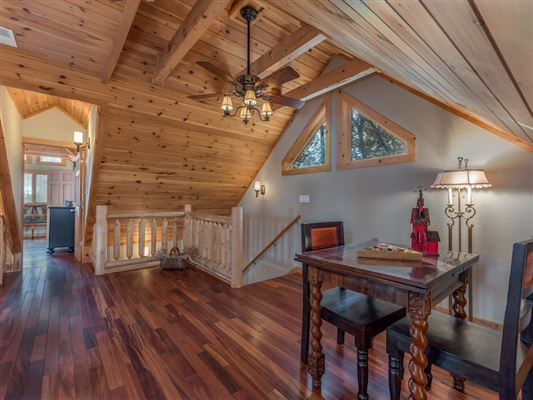 Mansions Beautiful white cedar log home in union mills