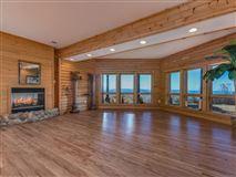 Luxury properties Beautiful white cedar log home in union mills