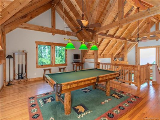 Luxury real estate Exquisite timber frame home with dramatic long range views