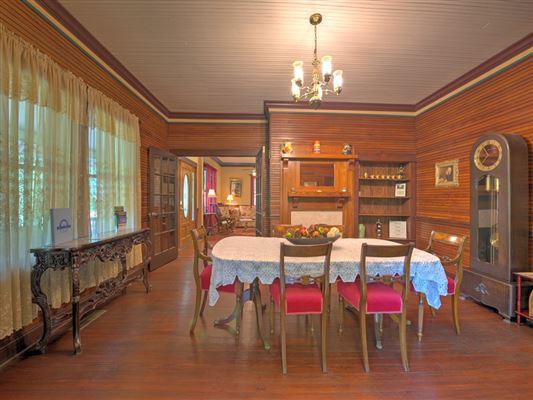 Luxury homes Unbelievable estate in Mars Hill