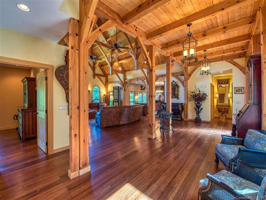 Luxury real estate Escape to the mountains