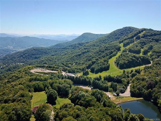 Escape to the mountains luxury real estate