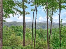 Luxury real estate Beautiful 130 acre mountain property