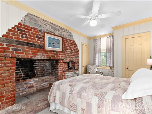 a Historic Rutledge Cottage luxury real estate