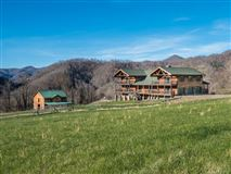 Mansions Your mountain equestrian dream awaits
