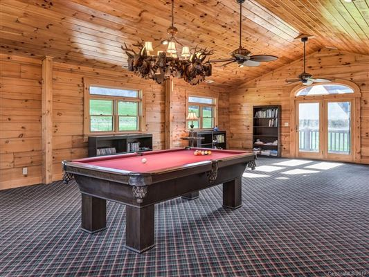Your mountain equestrian dream awaits mansions