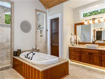 Idyllic and luxurious mountain style home luxury properties