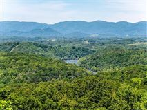 Luxury properties Truly Jaw-Dropping Views in Asheville
